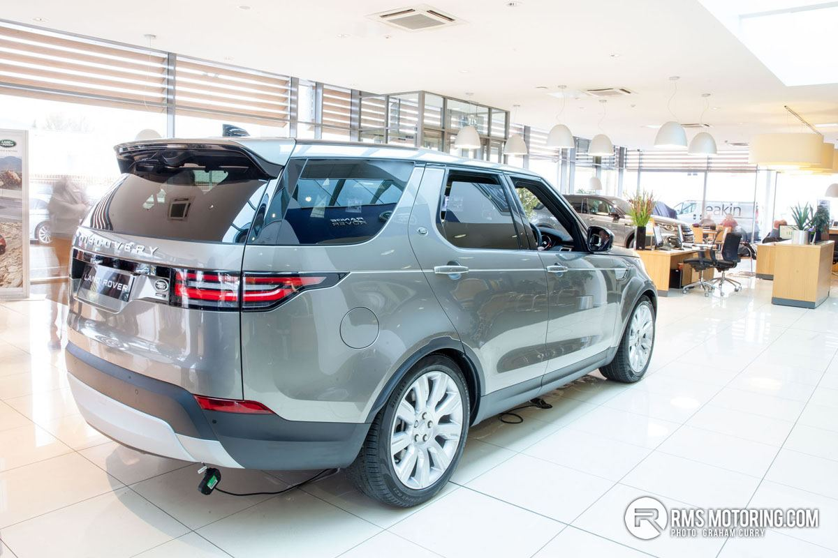 New Land Rover Discovery 5