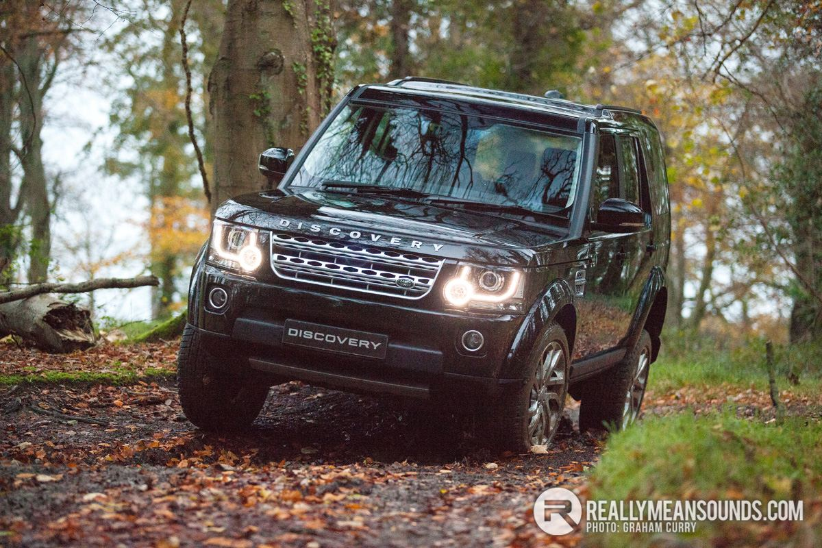 versatile land rover discovery 4 on test rms motoring. Black Bedroom Furniture Sets. Home Design Ideas