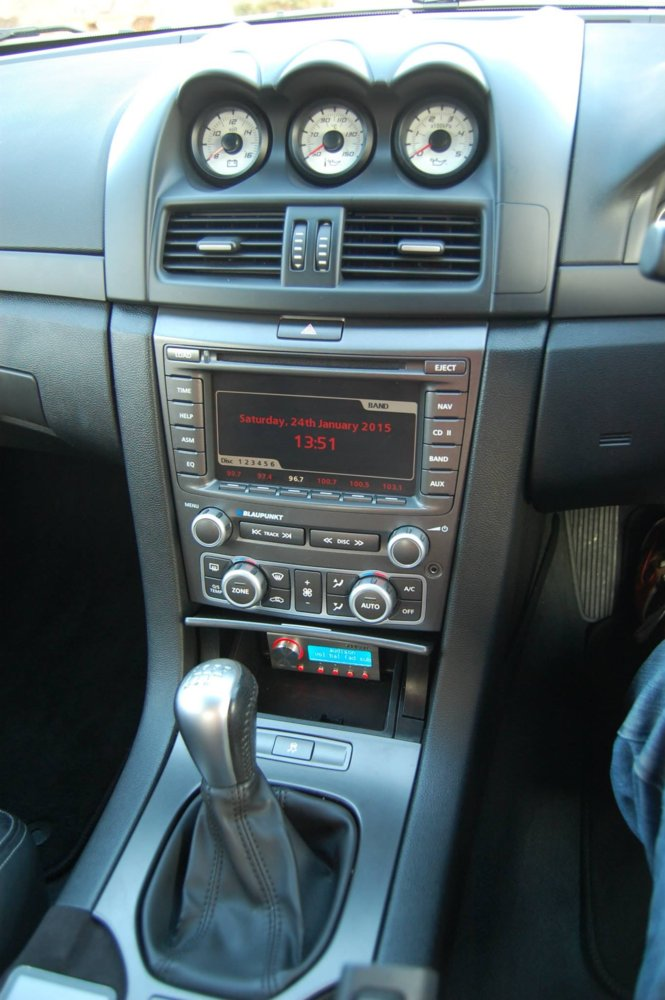 Volvo V50 how to upgrade the audio? | RMS Motoring Forum