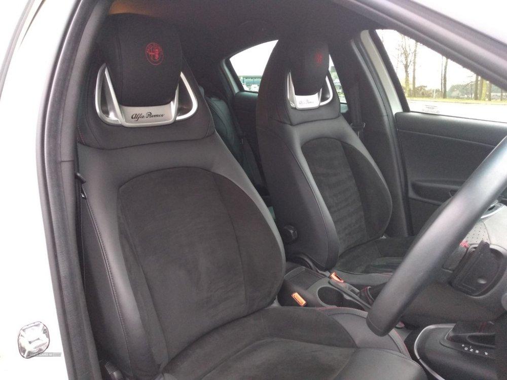 alfa-seats.jpg