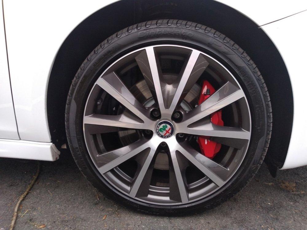 alfa_wheels.jpg