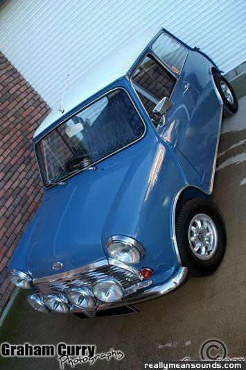 Littleracergirl 39 s mini cooper s 1968 rms garage for Garage mini cooper
