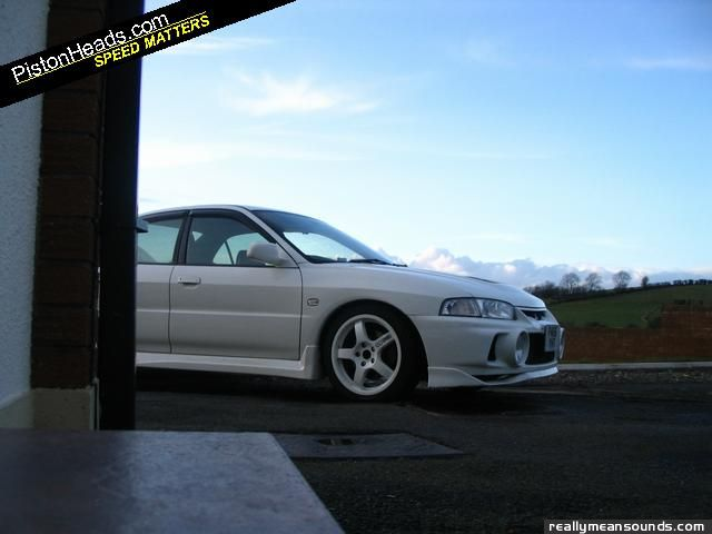 Hazey 39 s mitsubishi evo iv 1996 rms garage for Garage auto evo milizac