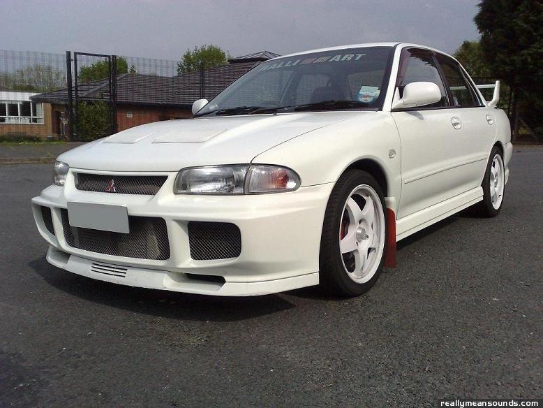 Archie 39 s mitsubishi lancer evo 3 1995 rms garage for Garage auto evo milizac
