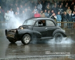 morris_minor_burnout_2.jpg
