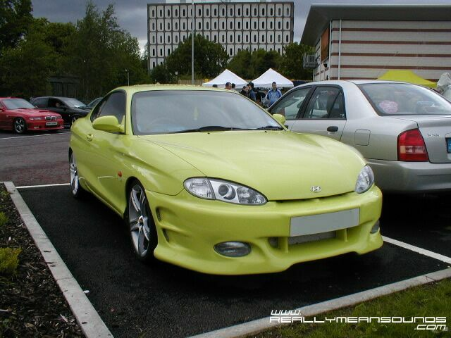 hyundai_coupe_front.jpg