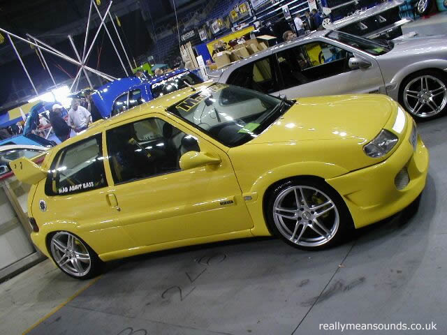 yellow_saxo.jpg
