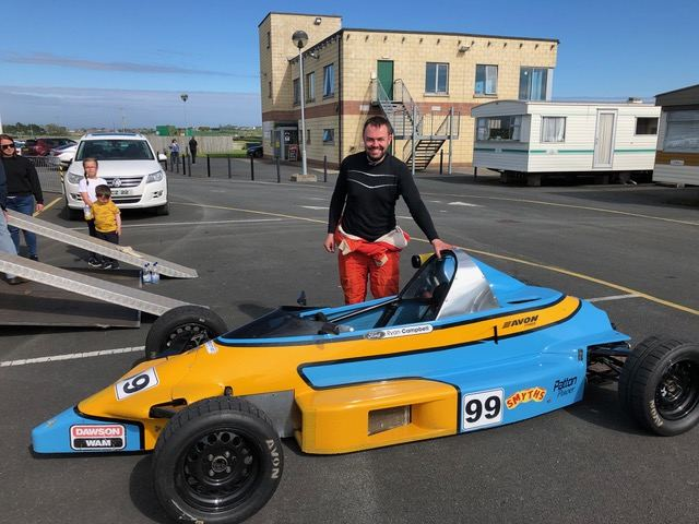 Ryan Campbell had excellent 2nd and 4th places in the NI FF1600 races.(S3)