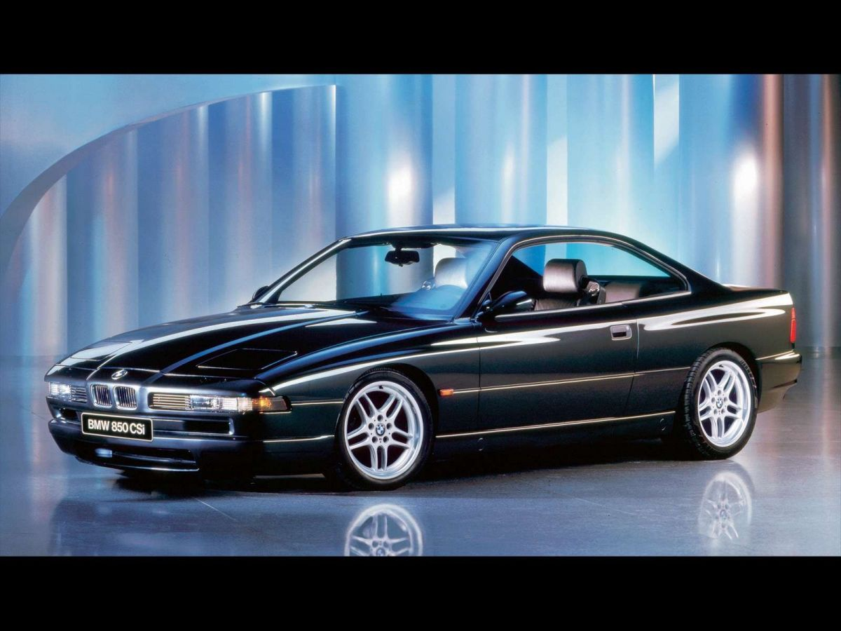 Retrospective BMW 850 CSi