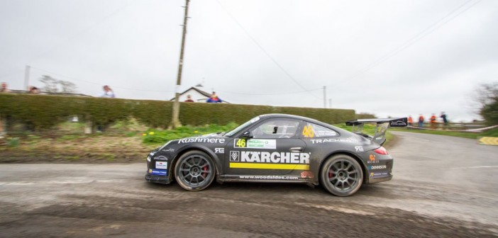 Tuthill Porsche pulls the crowds at the Circuit