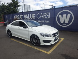Mercedes Benz CLA220