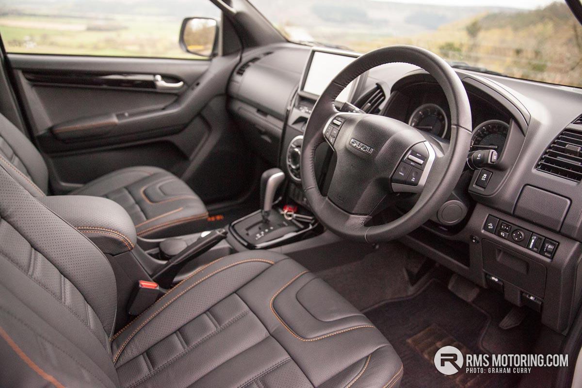 Isuzu D-Max Front Seats