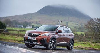 Front of Peugeot 3008