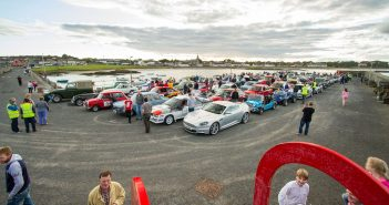 Hundreds Attend Seaside Car Run