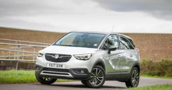 Front of Vauxhall Crossland X