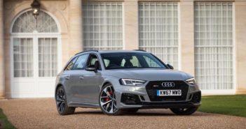 Front of Audi RS4 Avant