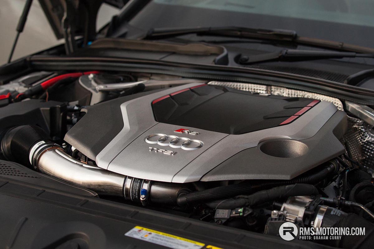 Audi RS4 Avant Engine