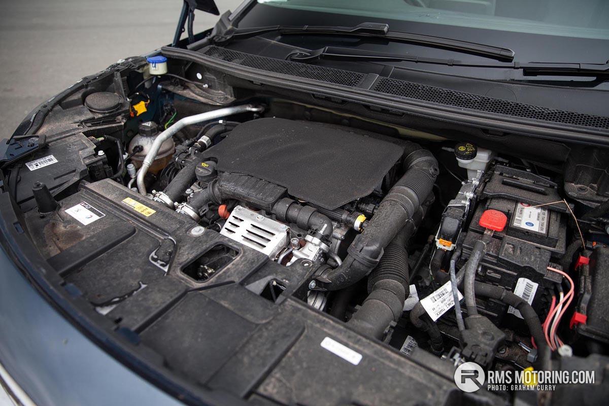Peugeot 5008 Engine