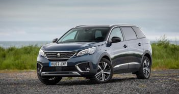 Front of Peugeot 5008