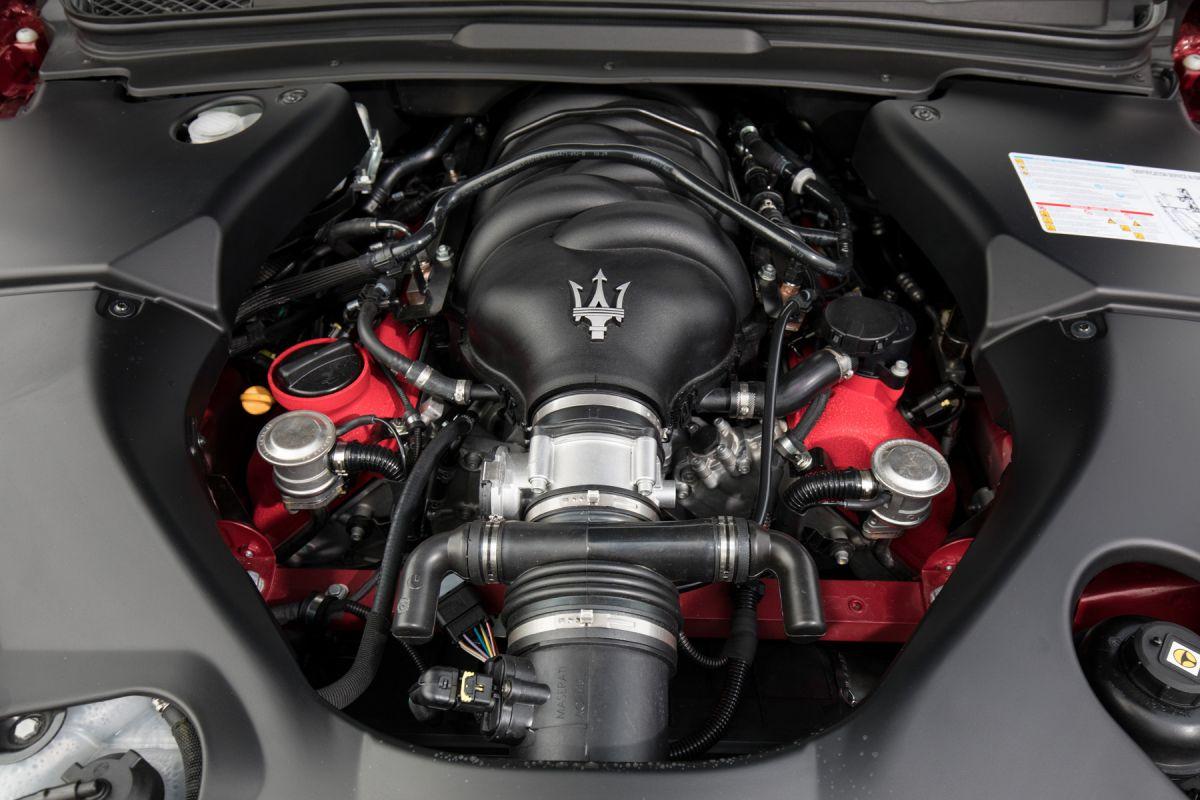 Maserati Grantourismo Engine